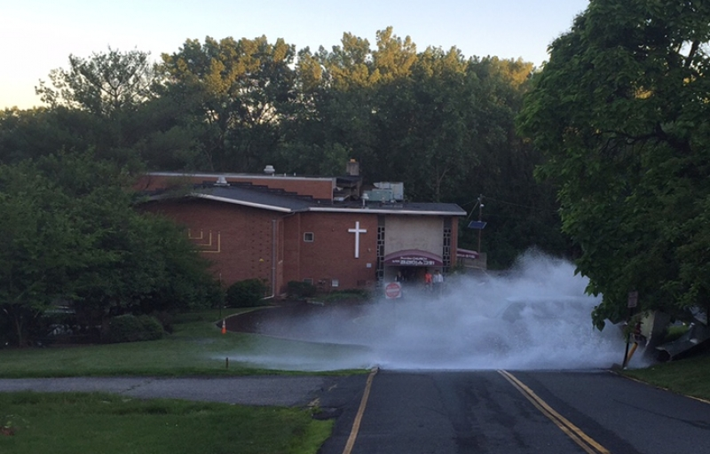 LFD responds to water main break
